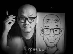 [권혁재 사진전문기자의 뒷담화] 여섯 눈을 가진 라이브 드로잉 작가 김정기