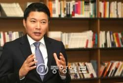 """태극기집회 참석한 신동욱 """"<!HS>박근혜<!HE> 대통령 자랑스럽다"""""""