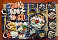 [여행기자의 미모맛집] ② 영덕 죽도산 - 튀김·찜·구이·탕·볶음밥…다채로운 대게 요리의 향연