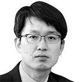 [<!HS>글로벌<!HE> <!HS>아이<!HE>] '커맨더 인 치프' 시진핑의 노림수
