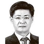 [<!HS>차이나<!HE> <!HS>인사이트<!HE>] 중국 경제란 밭이 바뀌면 우리가 뿌리는 씨 또한 달라져야