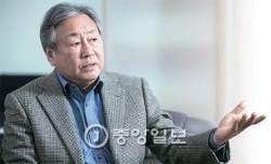 [김진국이 만난 사람] 반기문, 가족 음해 당하자 크게 당황 … 정치인들 만난 후 대통합에 회의감