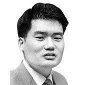 [강찬호의 <!HS>시시각각<!HE>] 박근혜·문재인, 대타협으로 나라 살려라