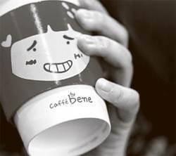 [<!HS>J<!HE> <!HS>report<!HE>] 스타벅스는 웃는 데, 카페베네는 왜 …