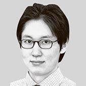 [<!HS>취재일기<!HE>] '전기차 후진국'으로 낙오하지 않으려면