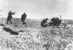 """독일과 소련 """"밀당"""" 어제의 동맹 오늘의 적으로"""