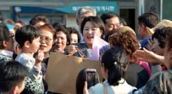 문재인 대통령 22일 하루 '첫 휴가'...봉하마을 '<!HS>노무현<!HE> 추도식'참석