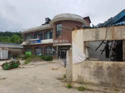 """[단독]""""10년간 폐허된 마을, 금강산관광 재개로 다시 살아 났으면…"""" 동해안 최북단 고성 명파리 주민들의 소망"""