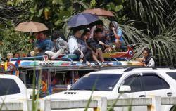 정부군 공습에 반군 인질로 대응…혼란 깊어지는 필리핀 마라위
