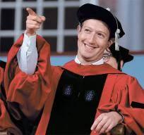 [사진] 하버드 중퇴 저커버그, 12년 만에 명예박사 학위