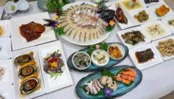 '한국의 나폴리' 여수, 현지인들도 인정하는 횟집은