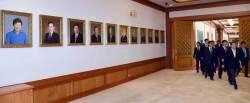 [포토사오정] 청와대 걸린 <!HS>박근혜<!HE> 전 대통령 초상화의 비밀