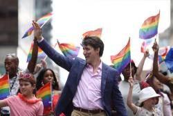 트뤼도 총리도 참여한 '게이 프라이드' 전세계 풍경