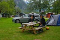 [여행자의 취향] 30년 경력 자동차 여행 전문가가 이민가방 챙겨 떠나는 이유는