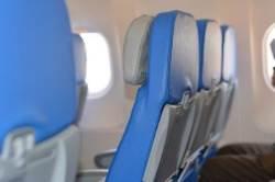 [여행의 기술] 비행기 팔걸이 신경전 그만…옆좌석 비우고 가자