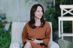 아유미는 왜 11년 만에 韓예능 '비행소녀'에 고정 출연했을까