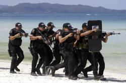 [오후 브리핑] 보라카이 폐쇄…소총·죽봉 든 경찰 630명 배치