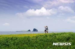 제주걷기 열풍 이끈 '제주올레길' 10주년···770만명 이용
