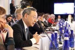 황창규 KT 회장 '글로벌 감염병 확산방지' 제안, 국제적 협력 논의 본격화