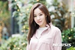 """김아중 역시 '로코 퀸 명불허전'···""""연애 안해 빨리 일하고 싶어"""""""