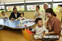 """""""文케어 건강보험 재정부담 불가피""""…재정 기금화 논의 재점화"""
