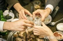 [알아봅시다]술자리 많은 연말, 지친 속 달래주는 음식 뭐가 있을까