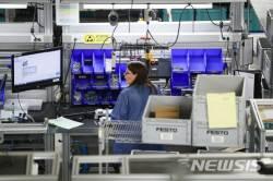 달아오르는 미국경제…2월 제조업 PMI 55.9
