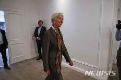 """라가르드 IMF 총재 """"글로벌 무역전쟁에서 승자는 없다"""""""