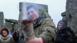 '7대 불가사의' 스톤헨지서 열린 음산·기괴한 동지 축제