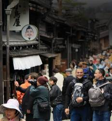 한해 2400만명이 찾는다 일본 관광 왜 잘나가나
