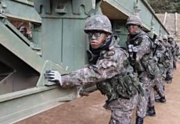60톤 견디는 다리 뚝딱···올해 다리 20번 만든 '철든 군인'