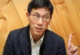 """진중권 """"정봉주 정치하면 안될 사람""""···8년전 일 끄집어냈다"""