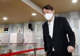 """""""尹, 文구하려 조국 일가 수사···서울대 동기에 직접 밝혔다"""""""