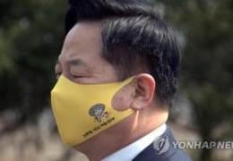 """대선 경선연기론 꺼낸 김두관···""""방해하나"""" 이재명 측 격앙"""