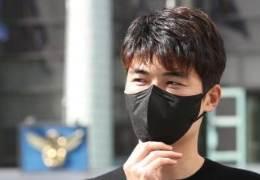"""""""기성용 변호사, 성폭력 폭로자에 '죄송하다' 밝히고 사의"""""""