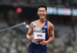 속보우상혁, 1㎝ 더 날았다···男높이뛰기 2m35 한국신기록