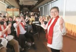 한국 첫 '아시아 女셰프' 수상···그녀의 이유있는 한식 37년