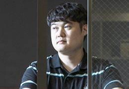 """""""적나라한 카톡대화 그대로 옮겨""""···김봉곤 '그런 생활' 논란"""