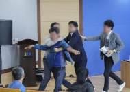 """문대림 """"토론장서 폭행 발생 유감…원희룡 빨리 안정 찾길"""""""