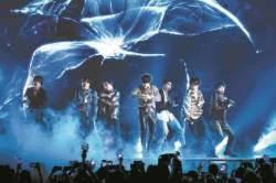 """빌보드 1위 방탄소년단 … """"한국어로 된 노래가 미국 점령"""""""