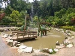 """[굿모닝 내셔널] """"크앙~우르르"""" 수목원에 '공룡'이 나타났다!"""
