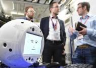 최초로 우주 간 AI로봇 '사이먼'...영화 '스페이스 오디세이' 현실 되나