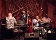 재즈는 난해한 음악? 뉴올리언스 가면 문외한도 들썩