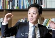 [강찬호의 직격 인터뷰] '신비박(非朴)' 선봉 새누리당 정두언 의원