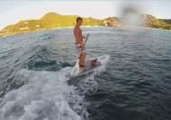 [영상] 요트 타고 대서양 횡단 나선 '반려 닭' 모니크