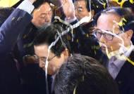 황교안 총리, 사드 설명하다 달걀 세례…경찰 수사 착수