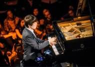 피아니스트 조성진, 베를린 클럽에 가다