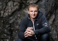 에베레스트 등산 중 사망한 유명 스위스 등반가