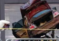 """뉴욕 타임스퀘어 보행자 거리에 차량 돌진, 1명 숨지고 22명 부상…""""한국인 피해는 없어"""""""