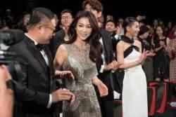 박찬욱 감독이 칭찬한 '악녀', 칸 현지 평 엇갈려